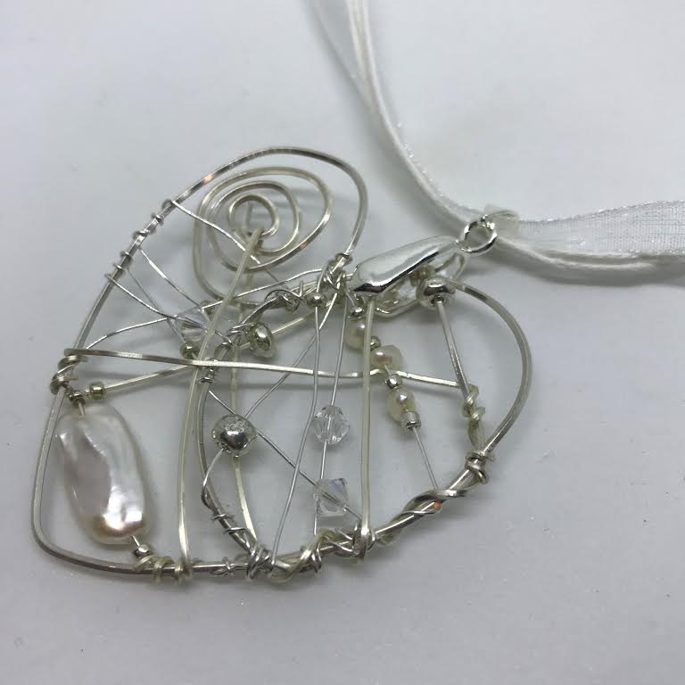Acceptance - Beaded Wire Heart with Pearls Pendant Necklace